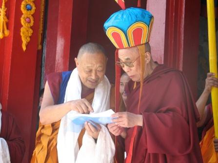 His Holiness Menri Trizin, senior meditation teacher to His Holiness Dalai Lama and Daniel Brown, Ph.D.